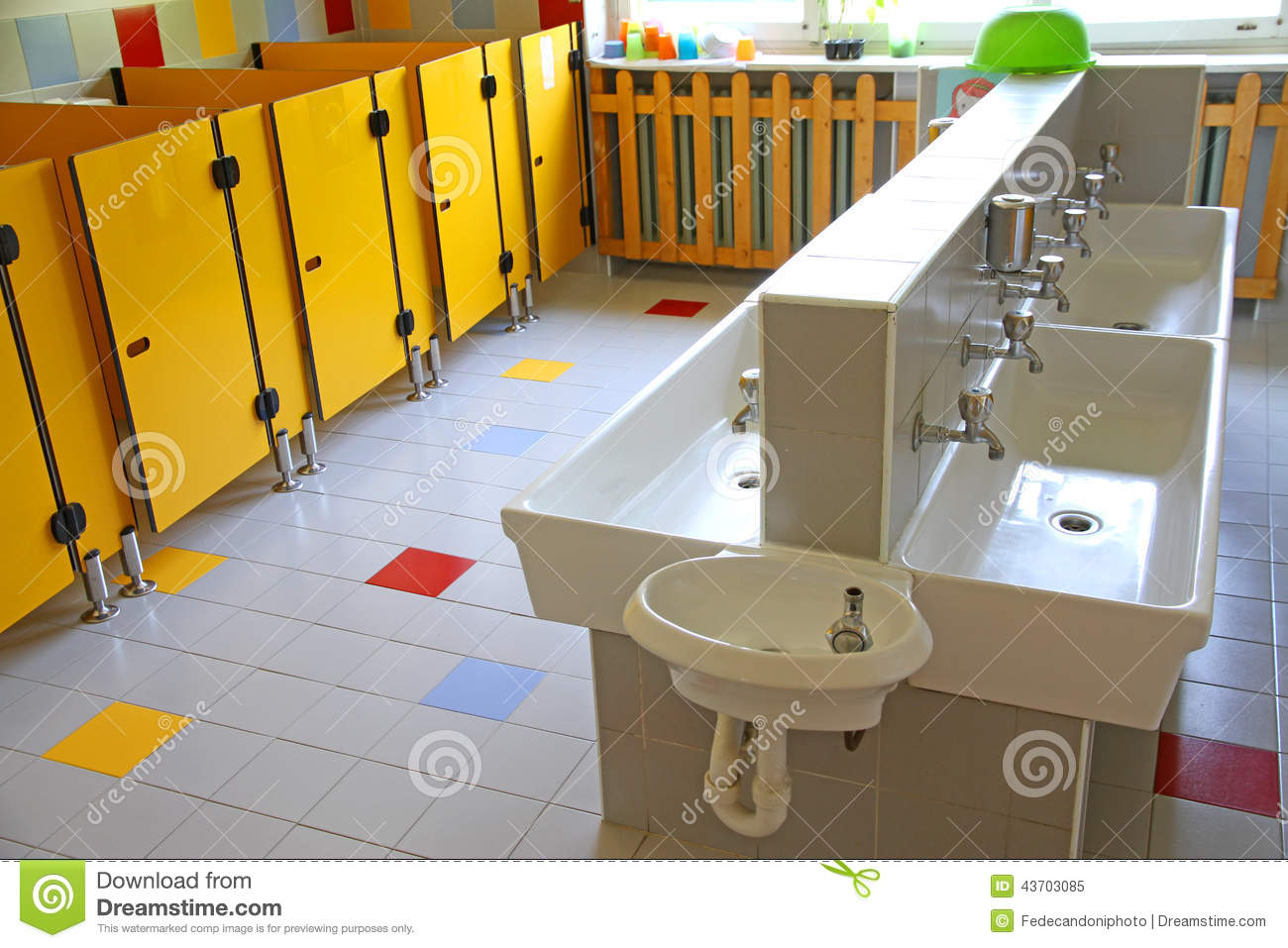 Baños Modernos Ninos:School Bathroom Sinks
