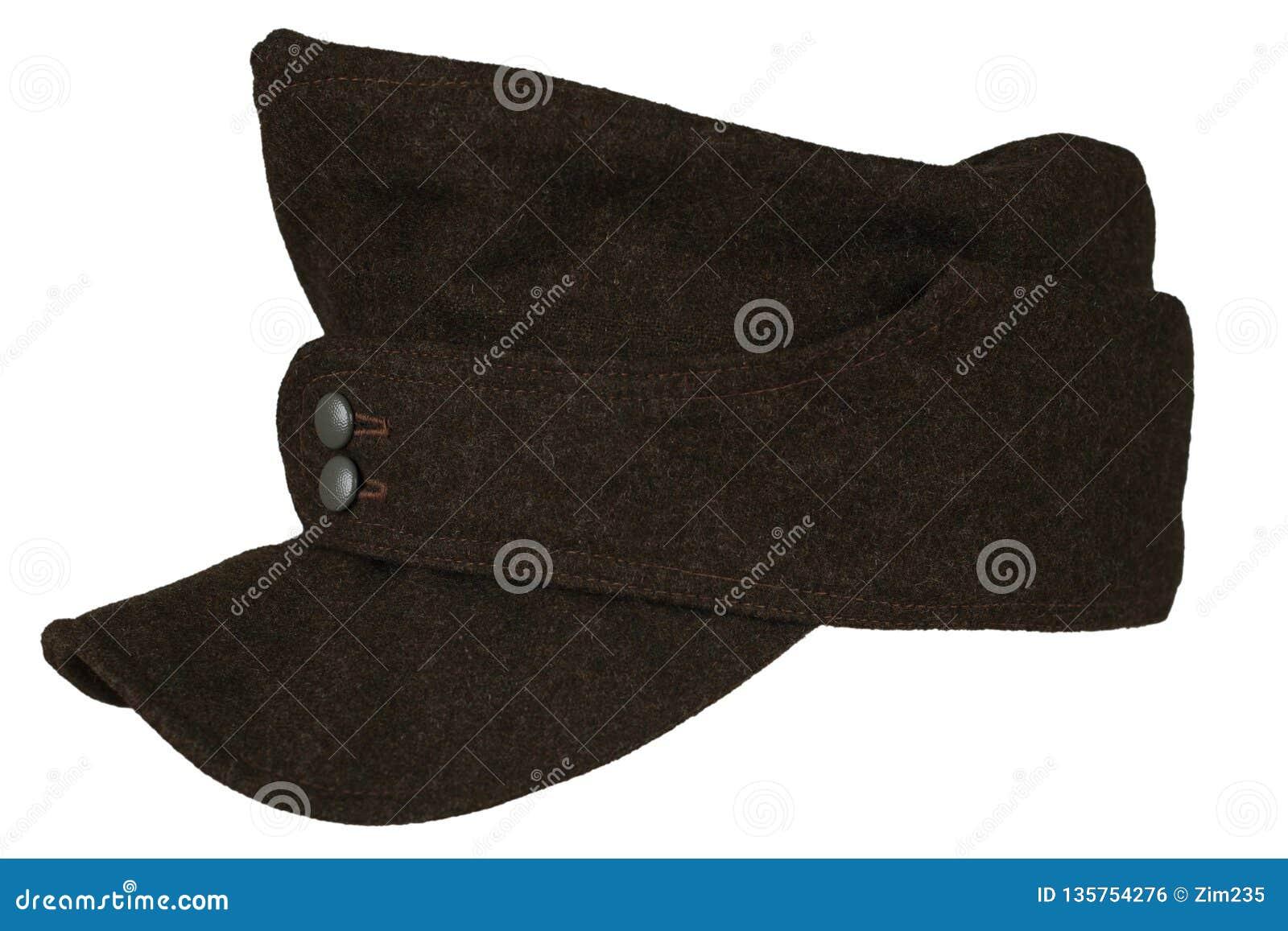 Período gris de la Segunda Guerra Mundial del quepis de la infantería del ejército alemán aislado en un fondo blanco