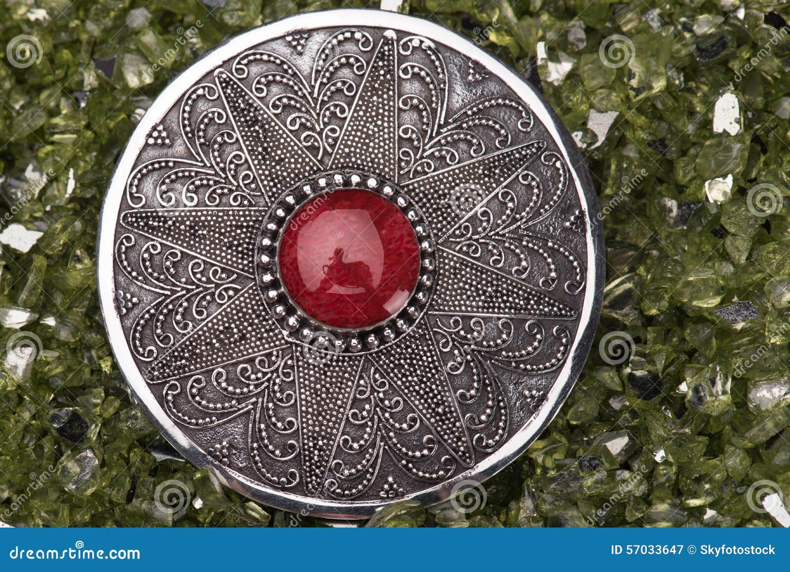 Perônio de prata