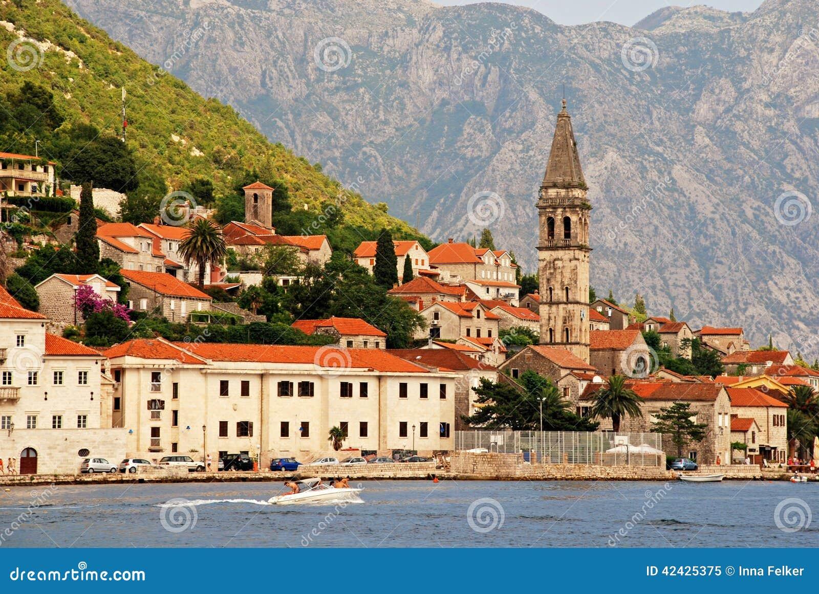 Perast, bahía de Kotor, Montenegro