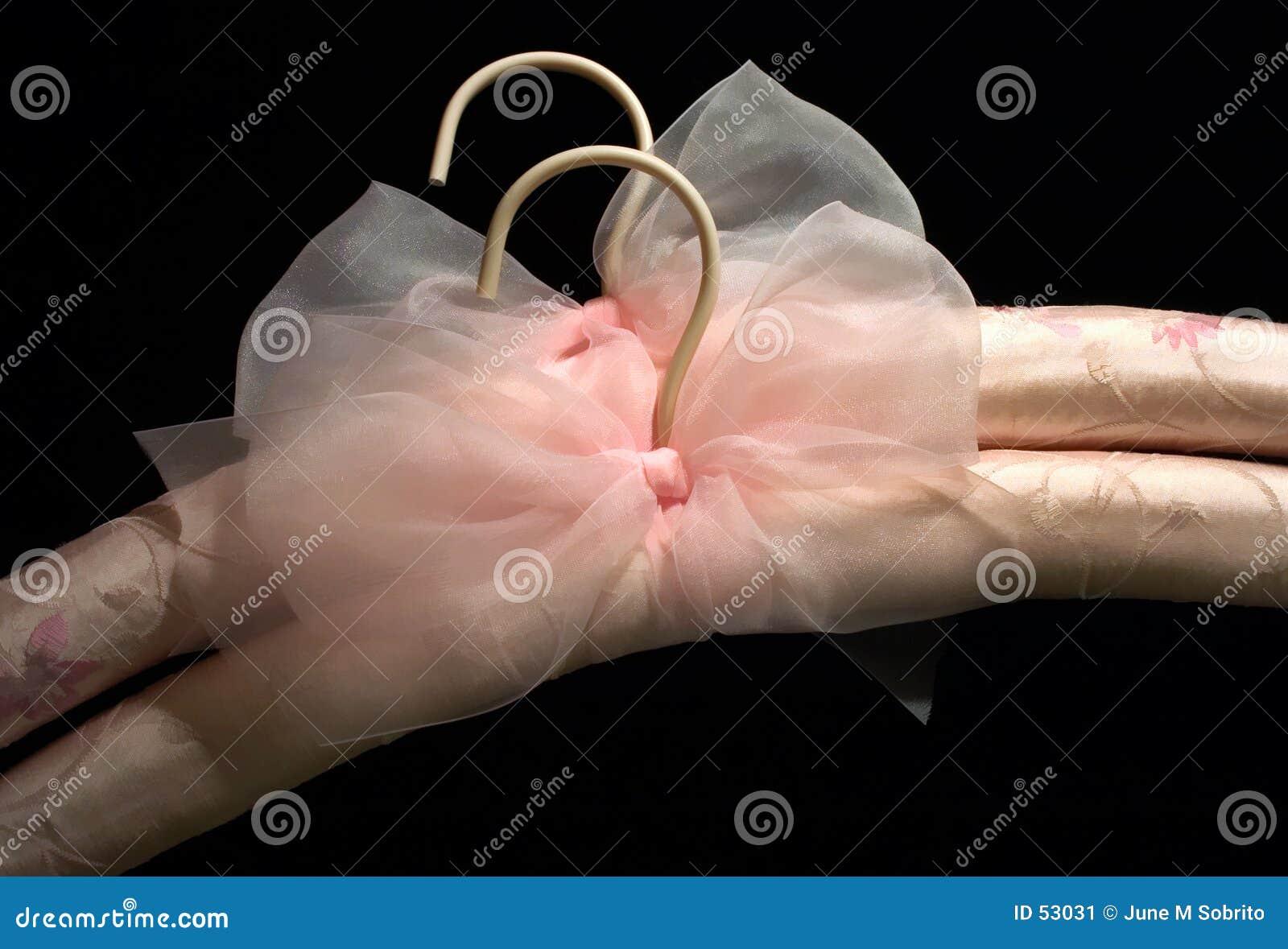 Perchas de seda