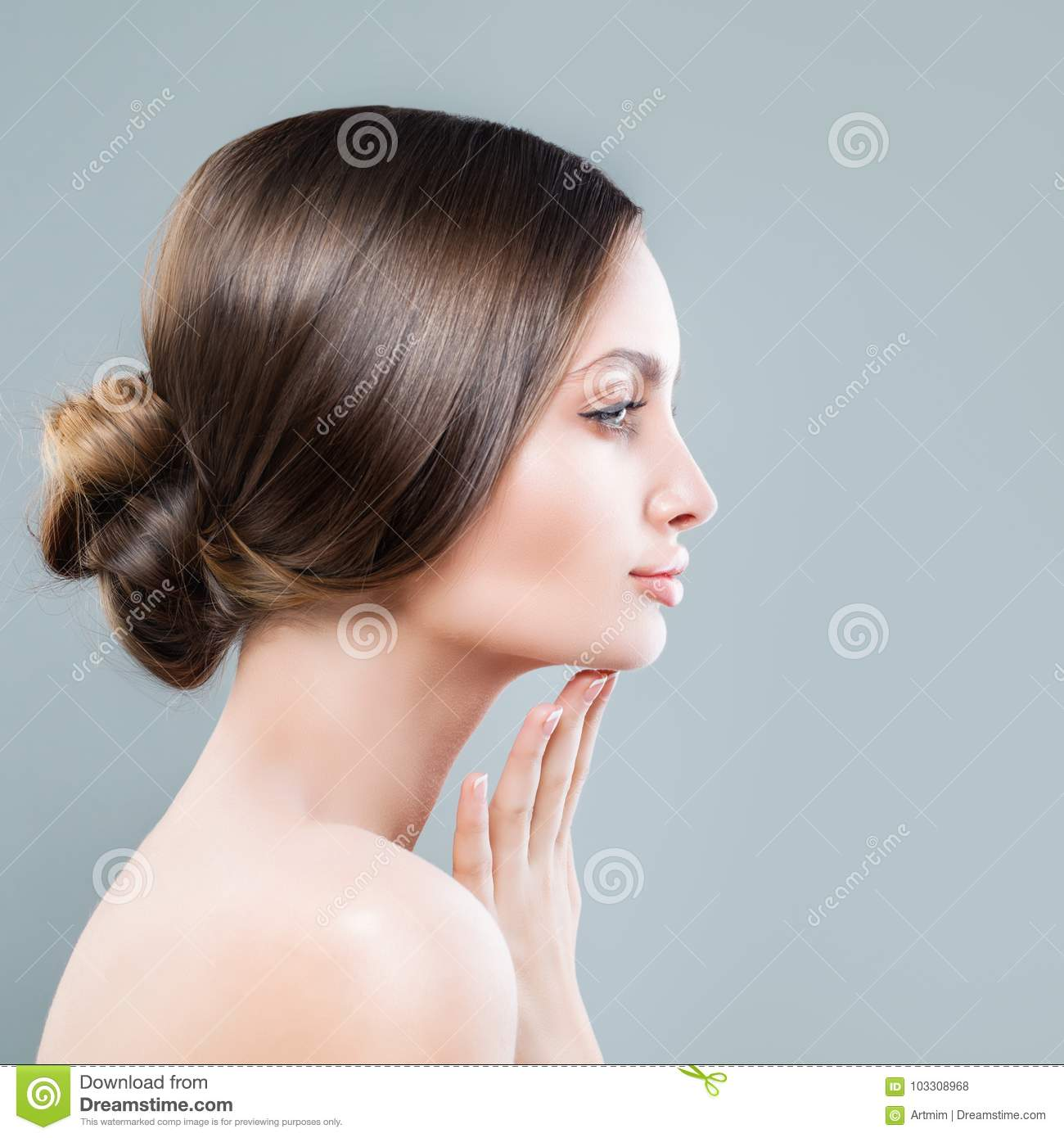 Perfect Female Face Closeup. Spa Woman with Healthy Skin
