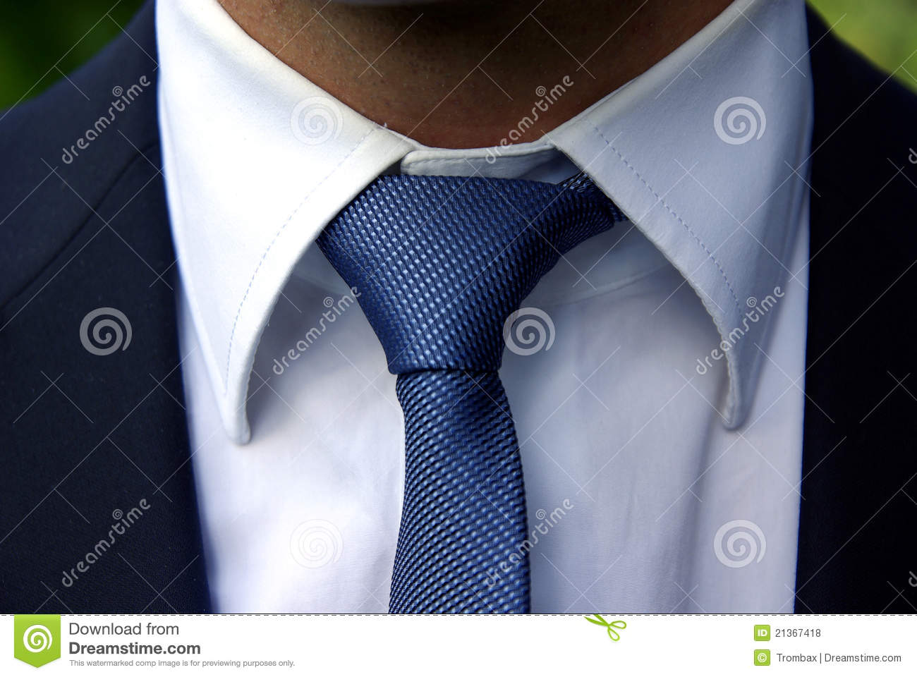 Perfect tie knot stock photo image of uniform suit 21367418 perfect tie knot ccuart Gallery