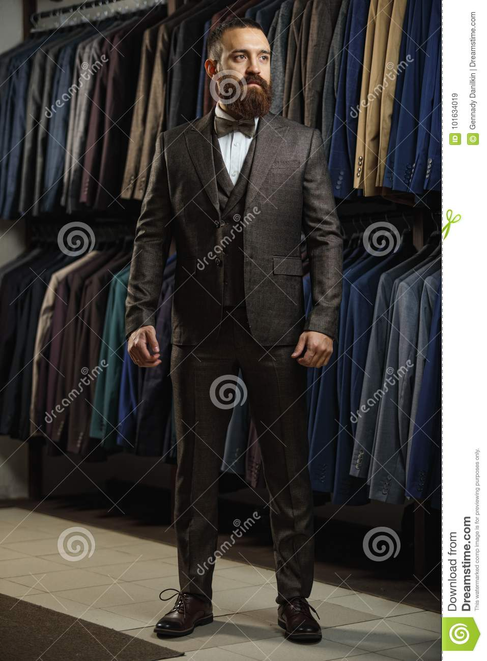 Shopping perfect man