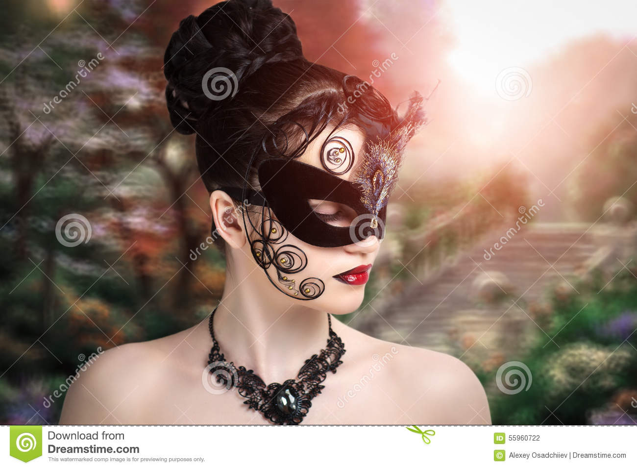 Queen Of Hearts Hairstyles: Perfect Woman Stock Photo. Image Of Female, Concert, Hair