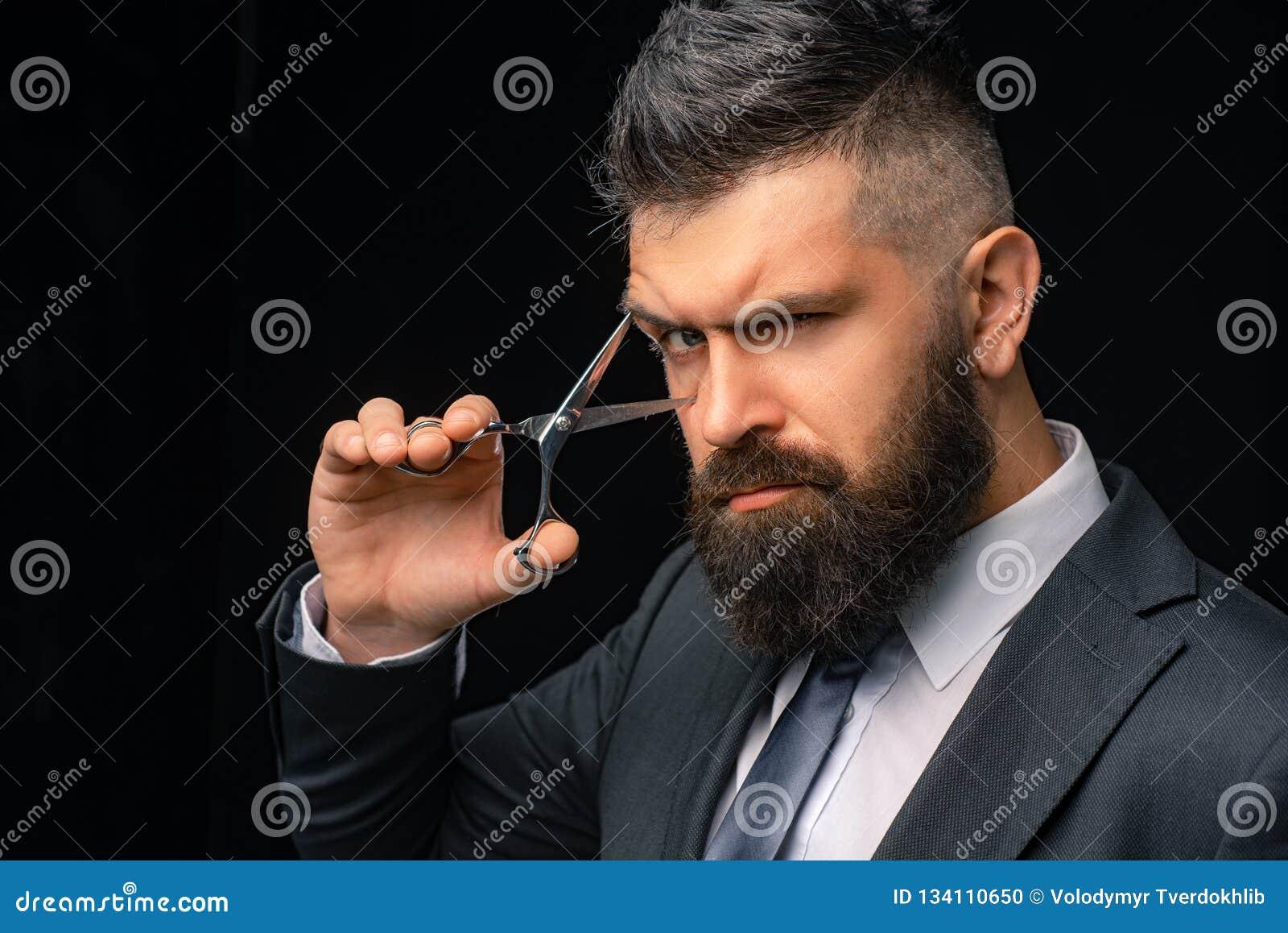 Perfecte baard Kapsels voor mensen Modieus en kapsel Haarsalon en kapperswijnoogst Kapperswinkel Kapper op zwarte