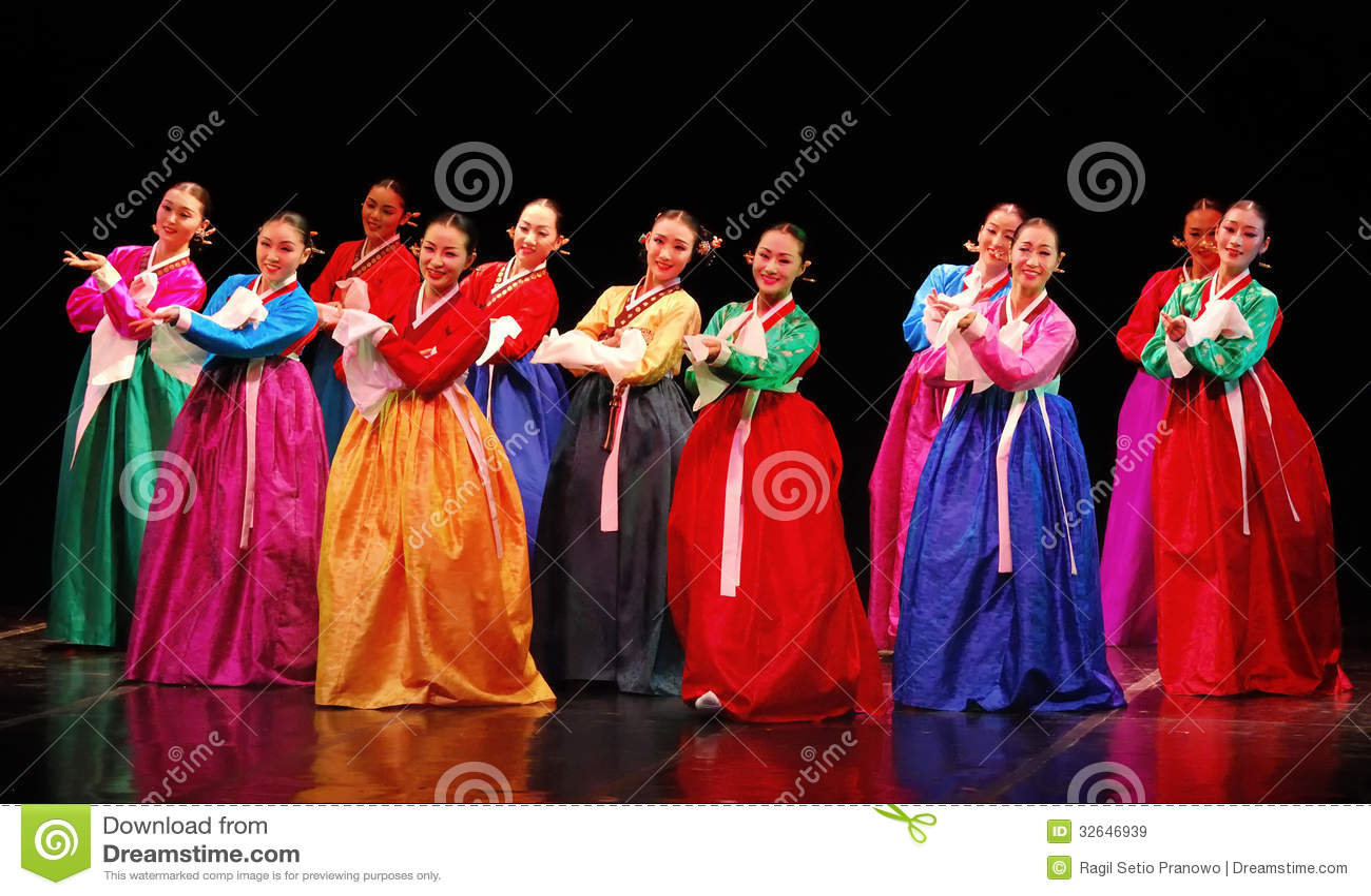 Performance Of Busan Korean Traditional Dance Editorial Stock Image  Image of entertain, busan