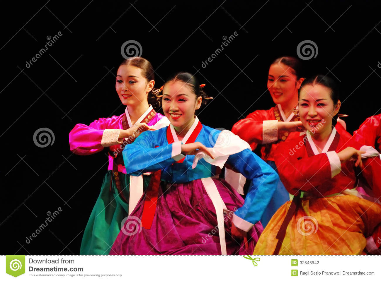 Performers Of Busan Korean Traditional Dance Editorial
