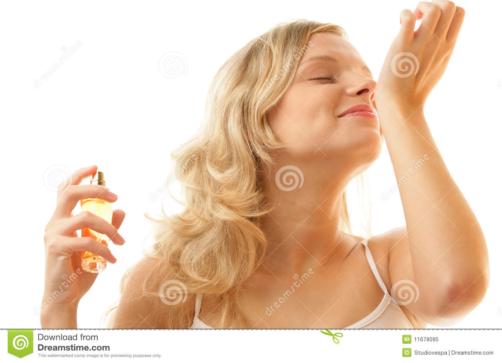 Perfume que huele de la mujer de la muñeca