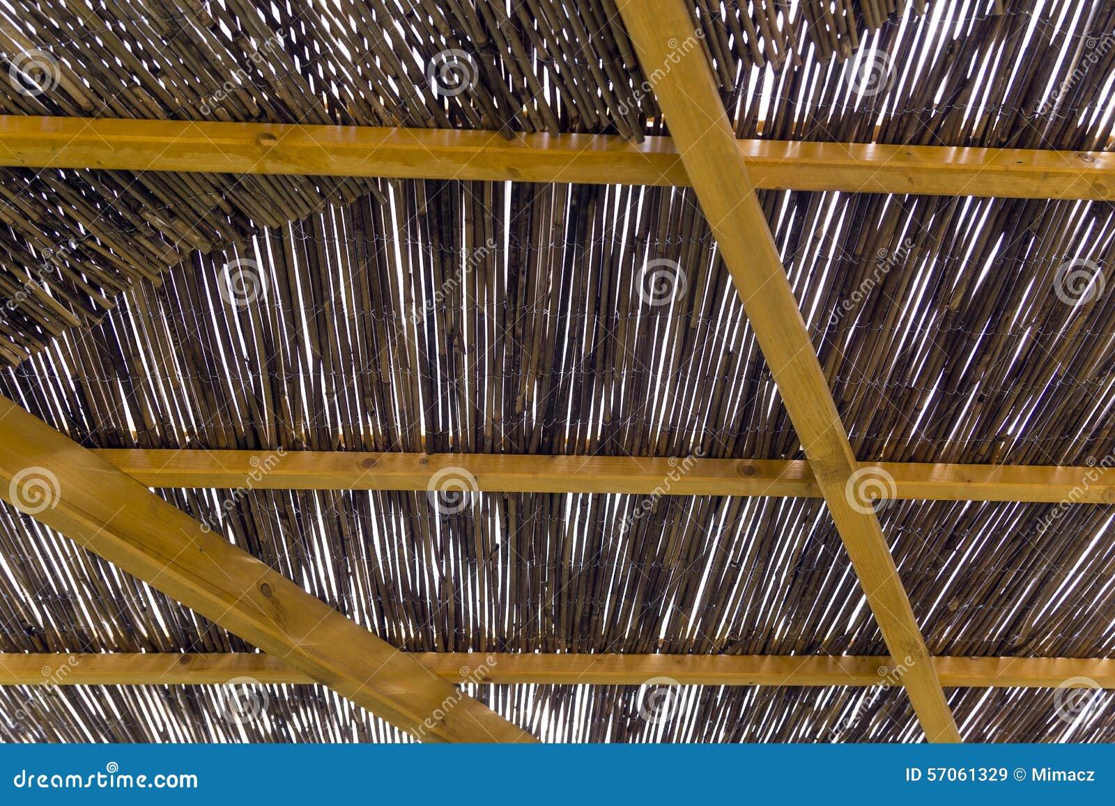 Pergola van riet wordt gemaakt dat stock afbeelding afbeelding 57061329 - Pergola verkoop ...