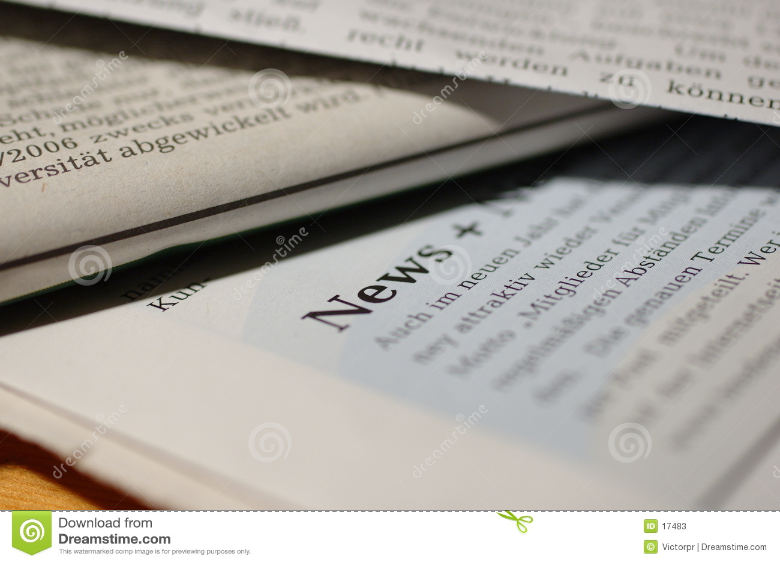 Periódicos con noticias de la palabra