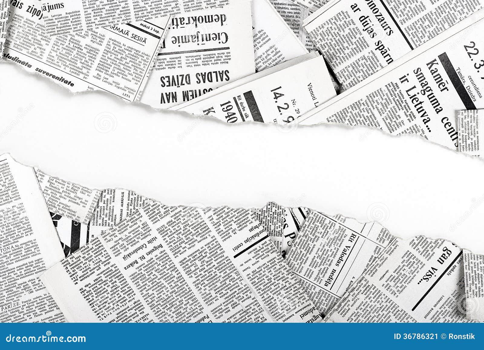 Periódicos Rasgados Viejos Imagen De Archivo