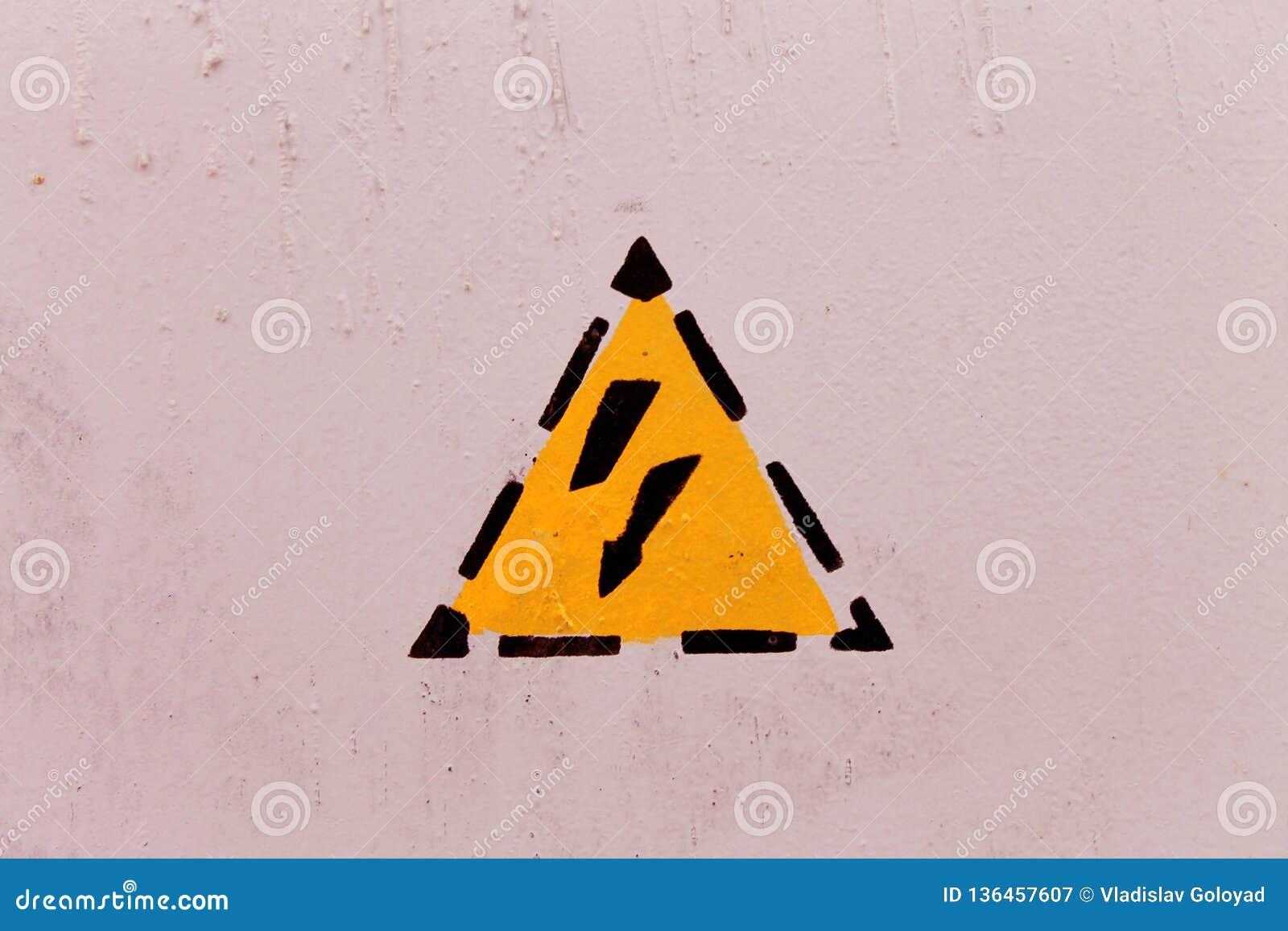 Perigo da parte externa de choque elétrico