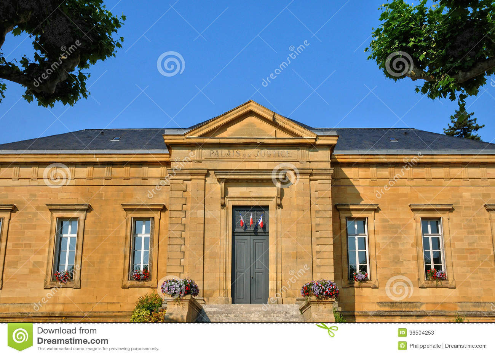 Perigord, le palais de justice de La Caneda de Sarlat dans Dordogne