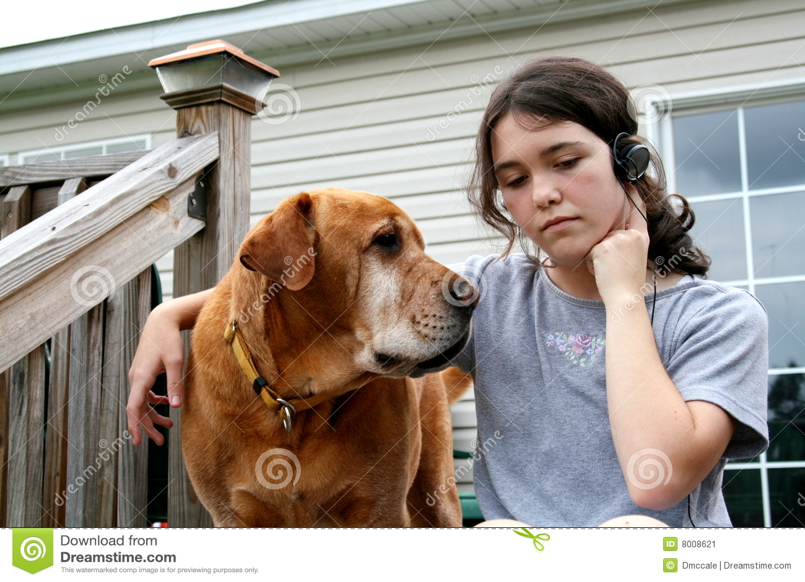 Perro y muchacha
