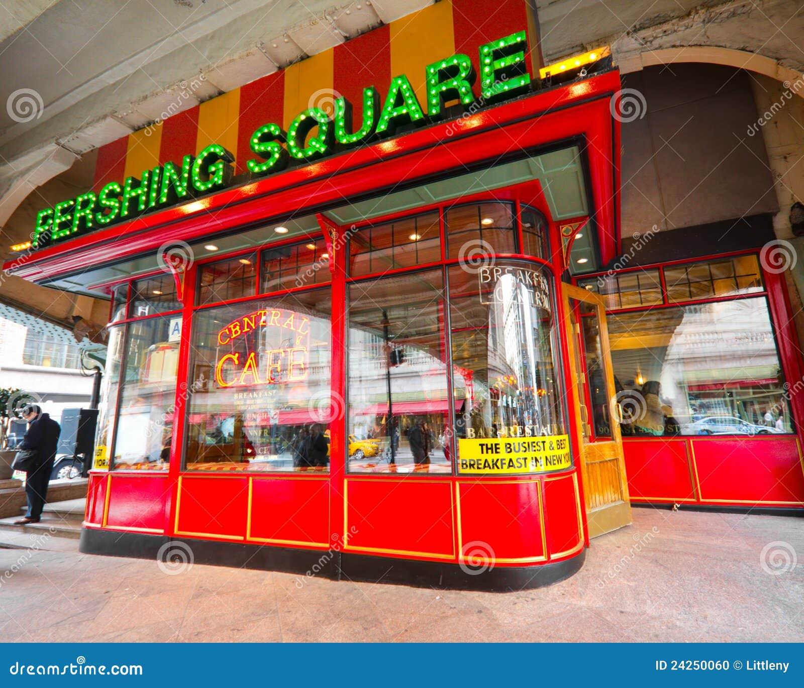 Pershing NYC carré