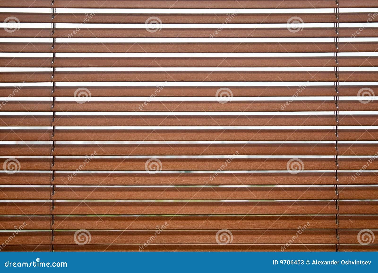 Persiana de madera fotos de archivo imagen 9706453 - Persianas madera ...
