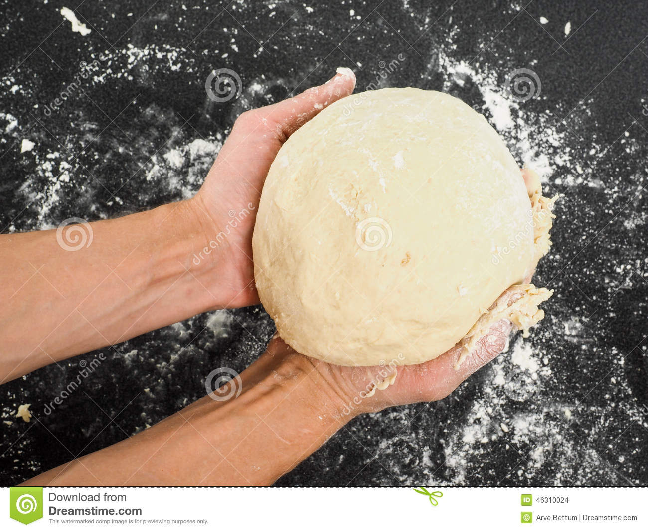 Person holding a dough after proofing