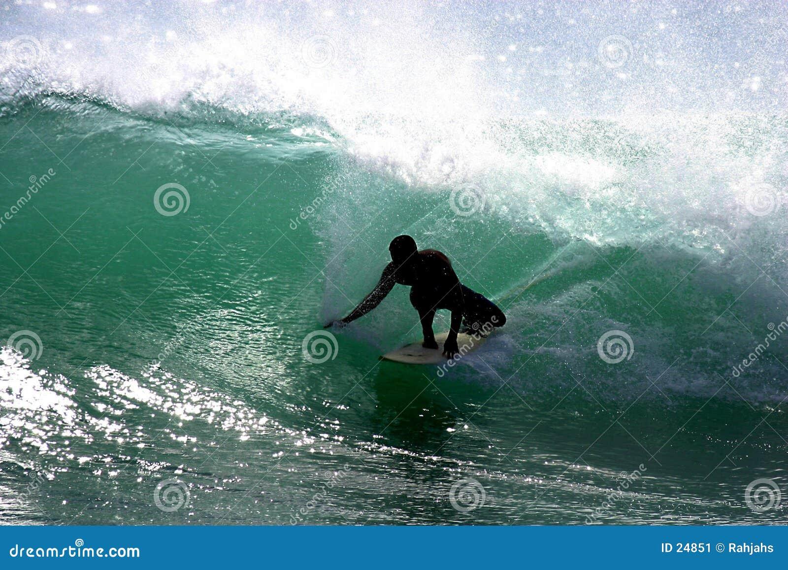Persona que practica surf de Southshore