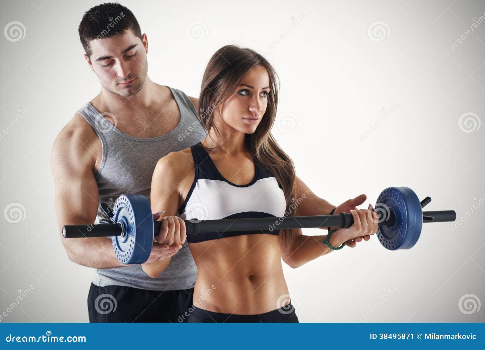 Сколько стоит персональная тренировка по фитнесу 18 фотография