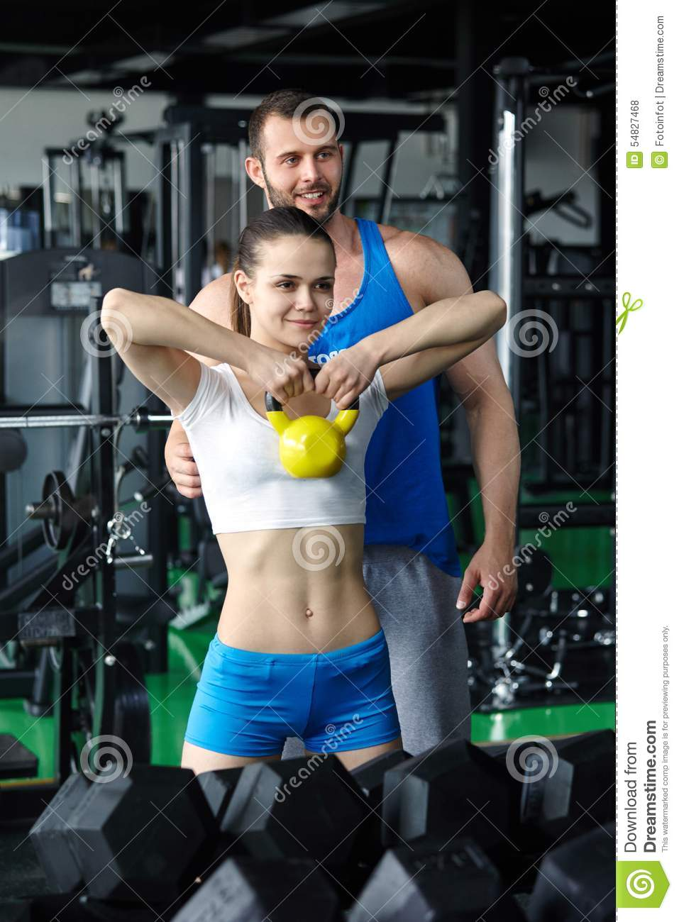 how to become a personal trainer at a gym