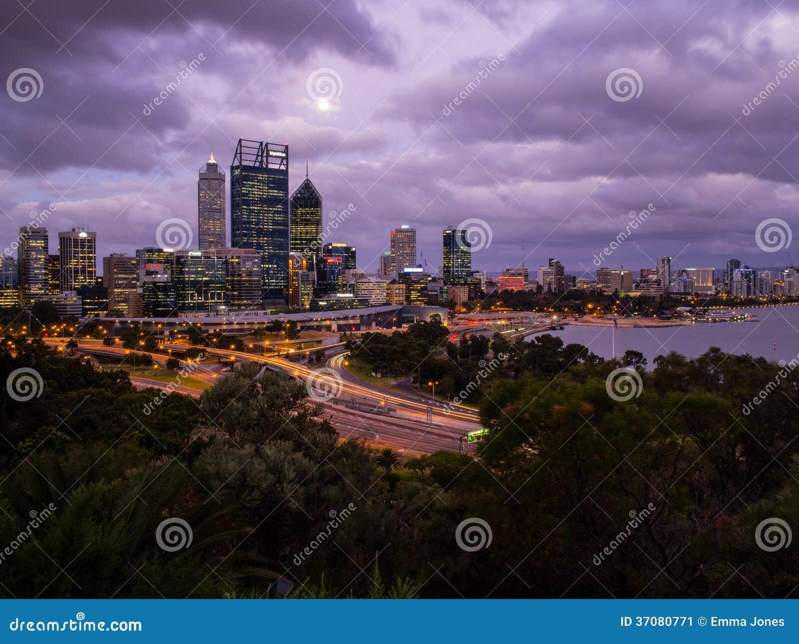 Download Perth Miasta Linia Horyzontu, Australia Zdjęcie Editorial - Obraz złożonej z światło, miastowy: 37080771