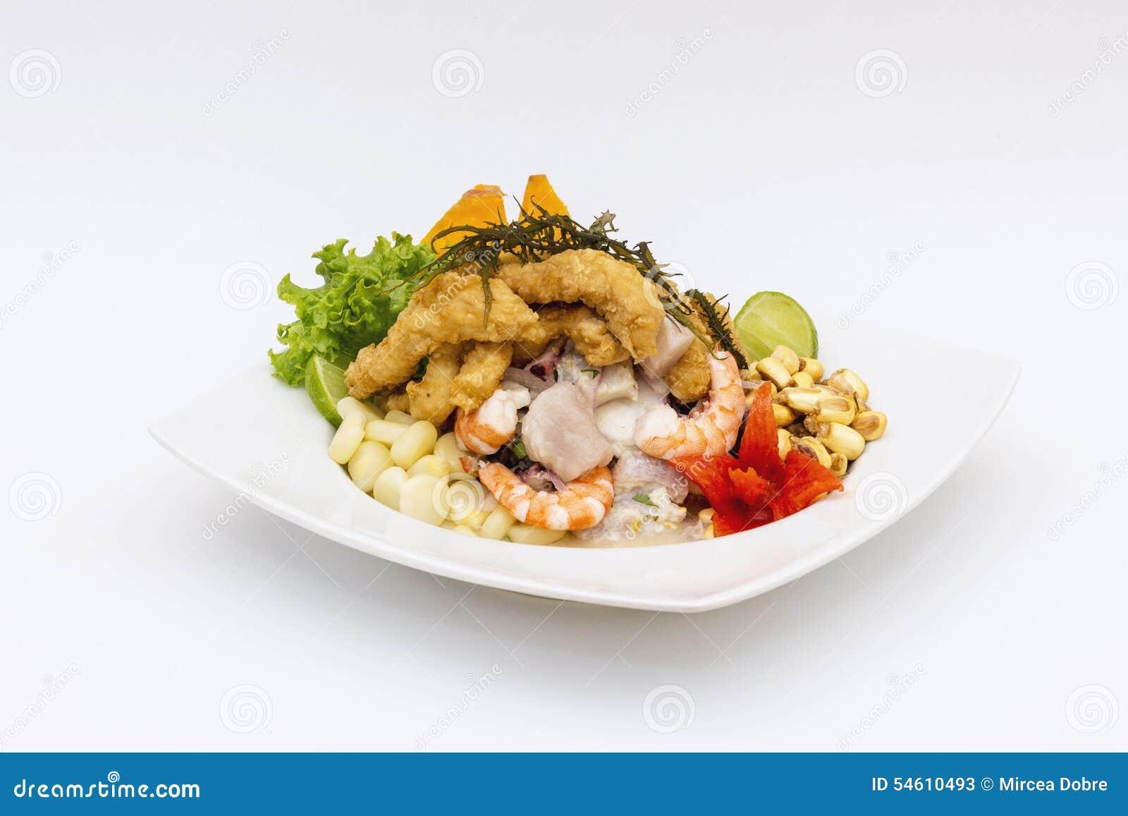 PERU MATRÄTT: Cebiche (ceviche) och chicharron med löken som kallas Caretillero