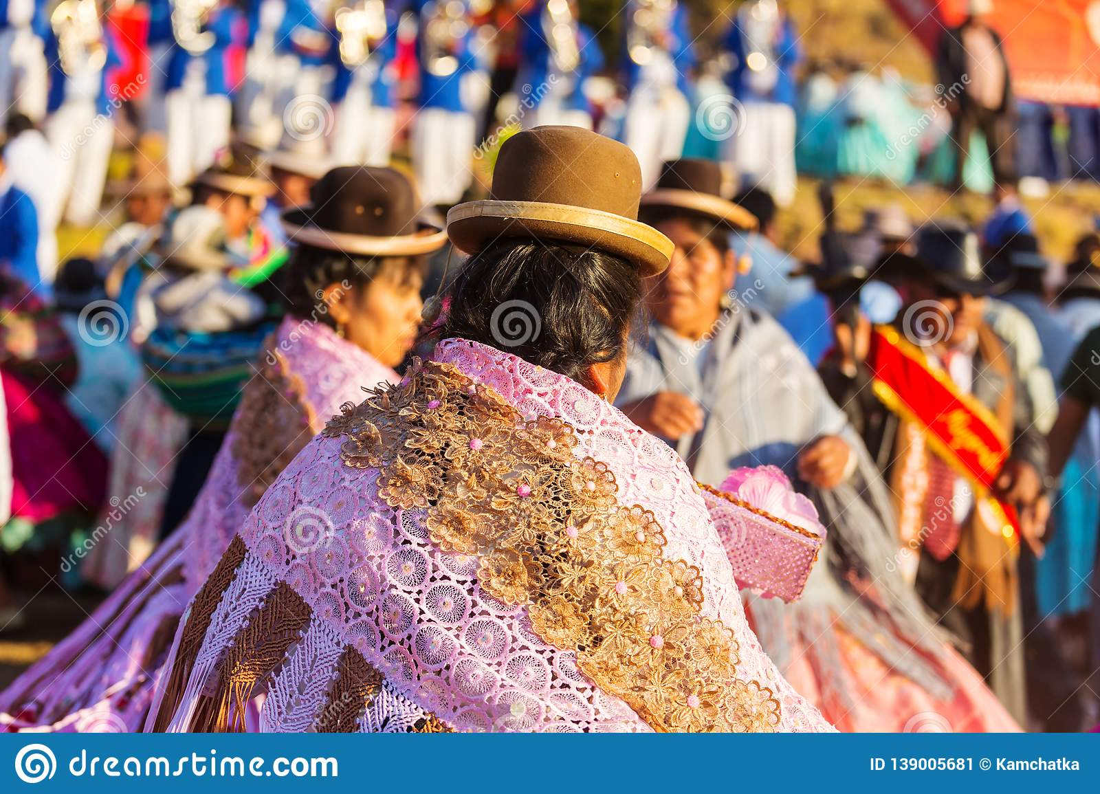 Peruvian people editorial photo. Image of traditional ...