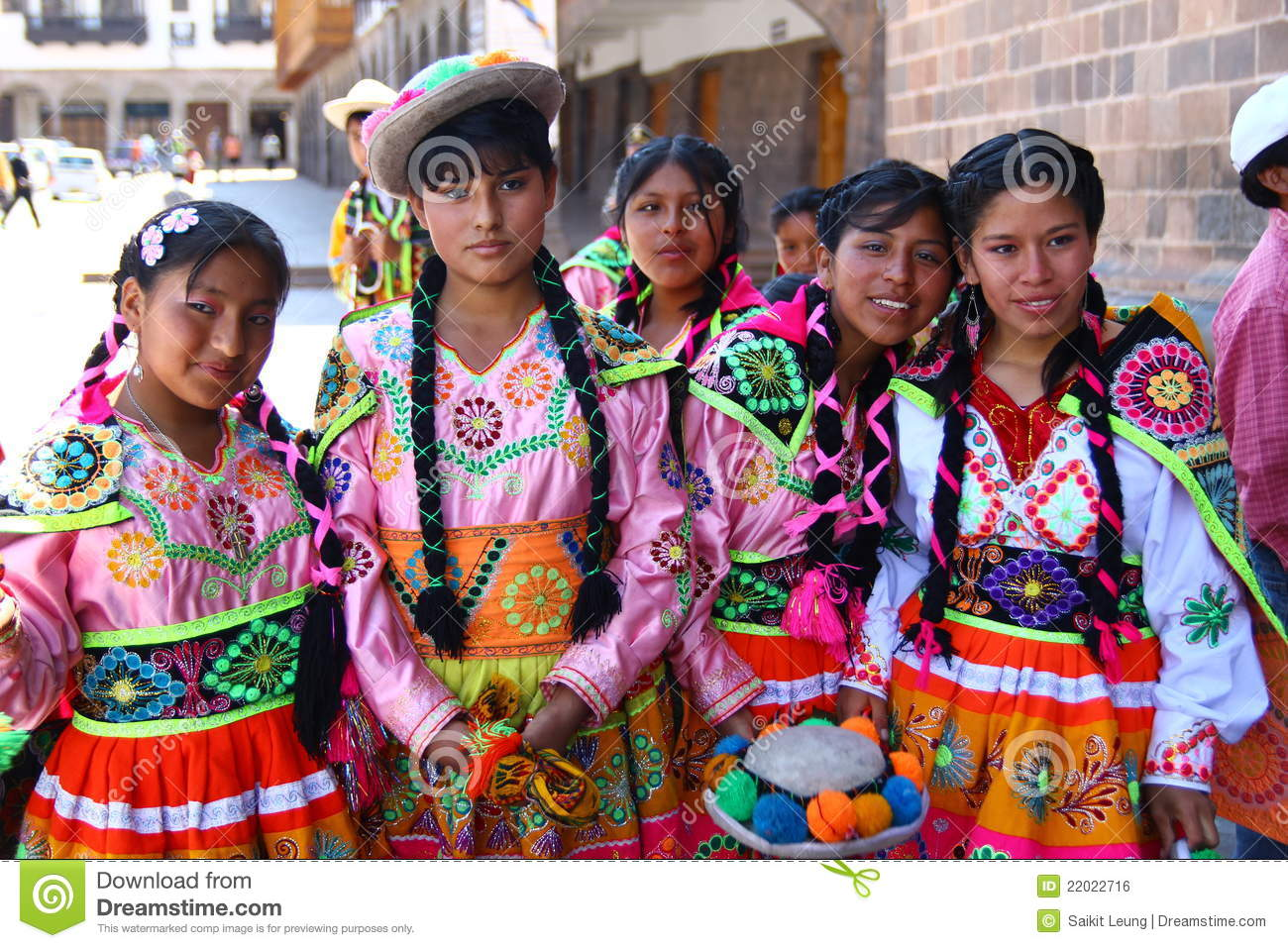 Peruvian Teenage Girls In Traditional Clothing Editorial