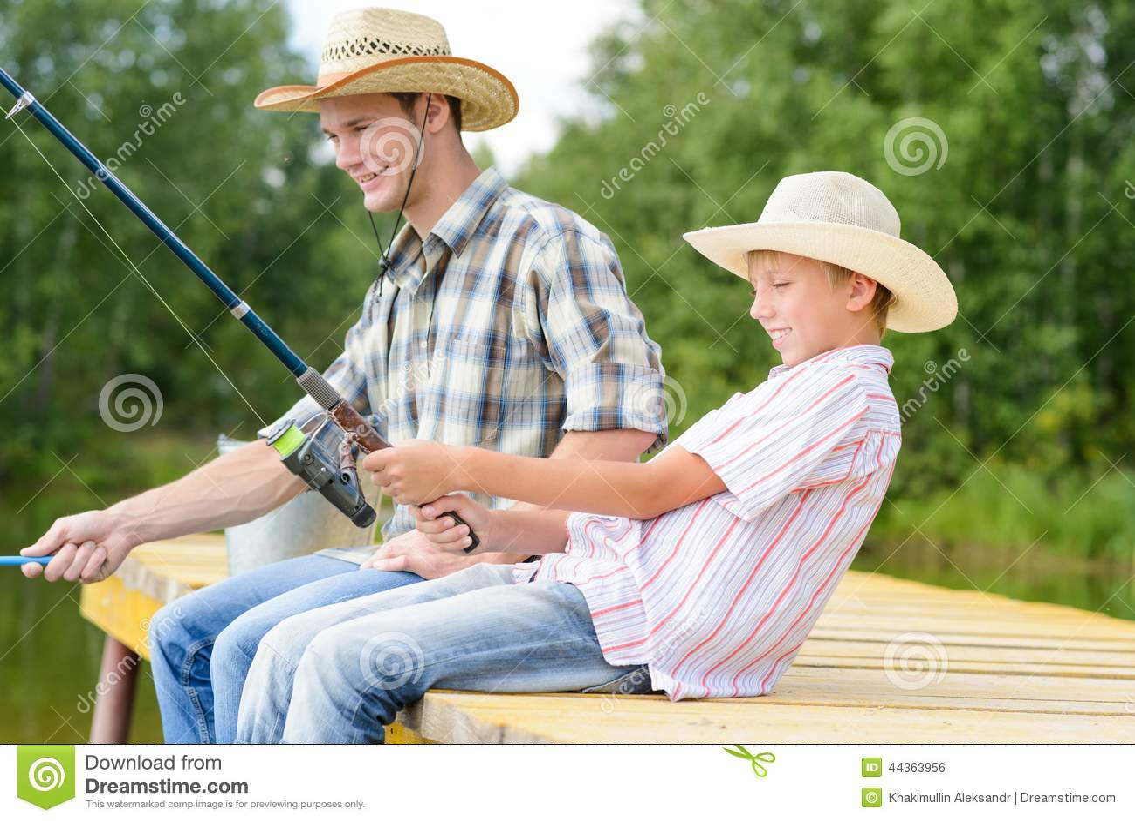 Pesca con l amo di estate