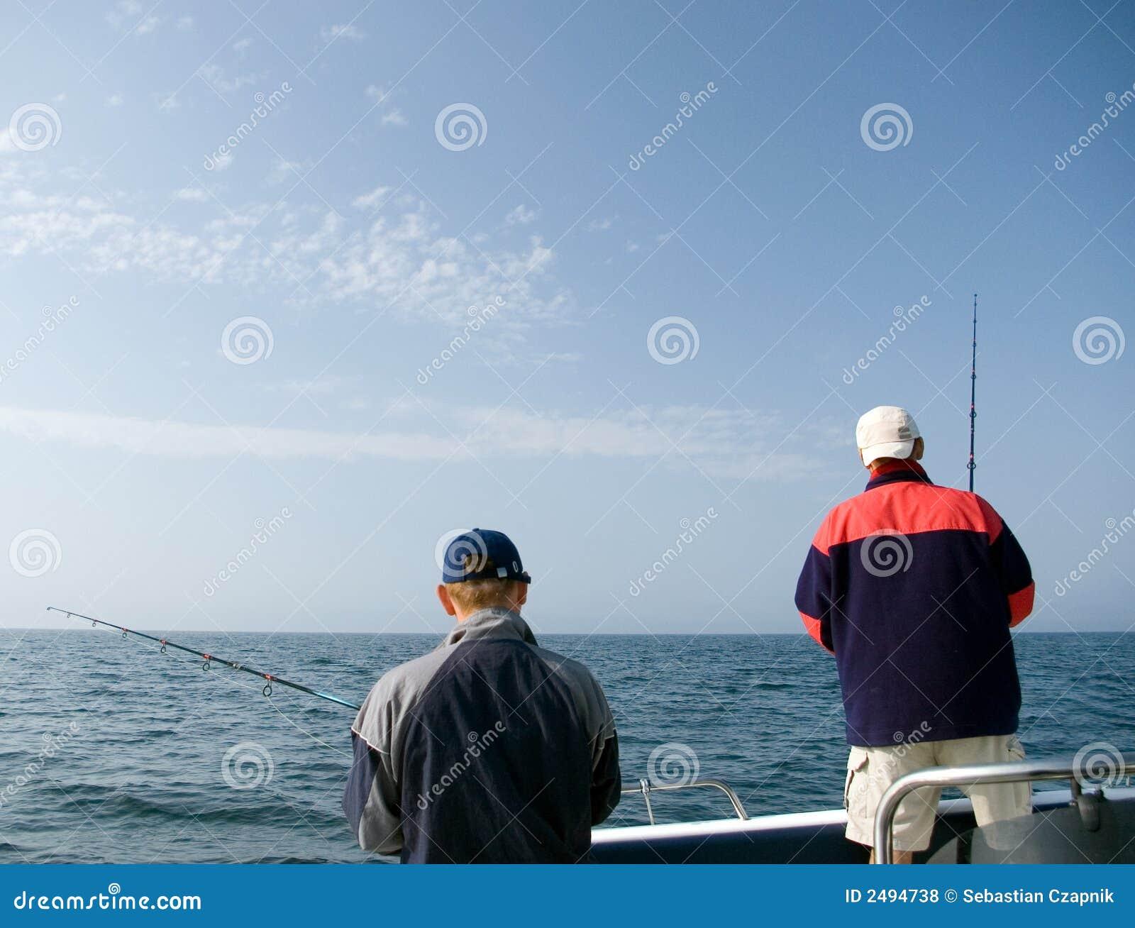 Pesca marittima dei due uomini.