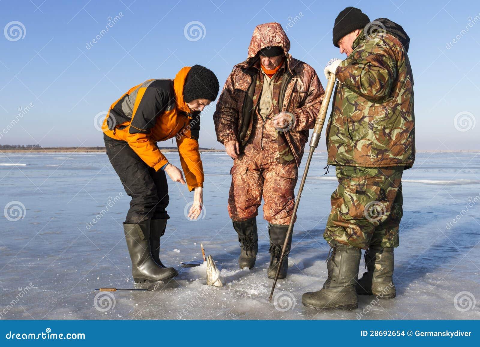 Pesca sul ghiaccio.