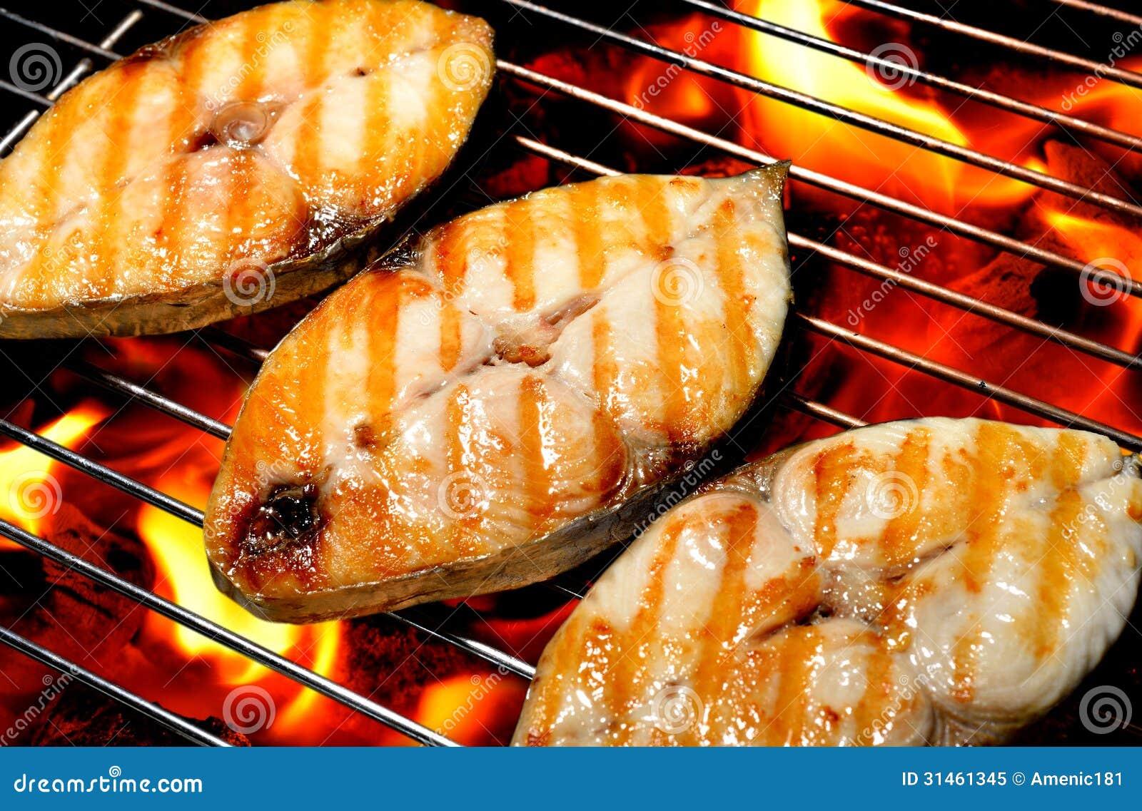 Pescados asados a la parrilla imagen de archivo imagen - Parrillas para pescado ...