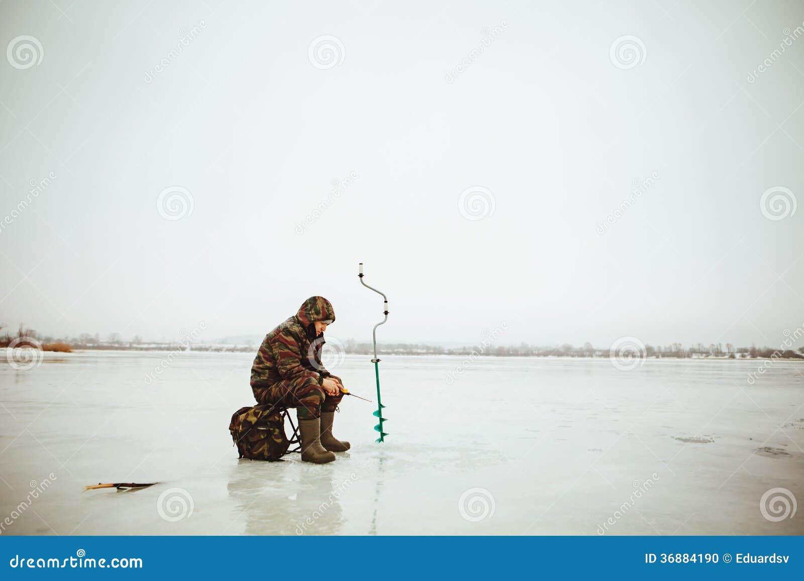Download Pescatore. fotografia stock. Immagine di freddo, fiume - 36884190