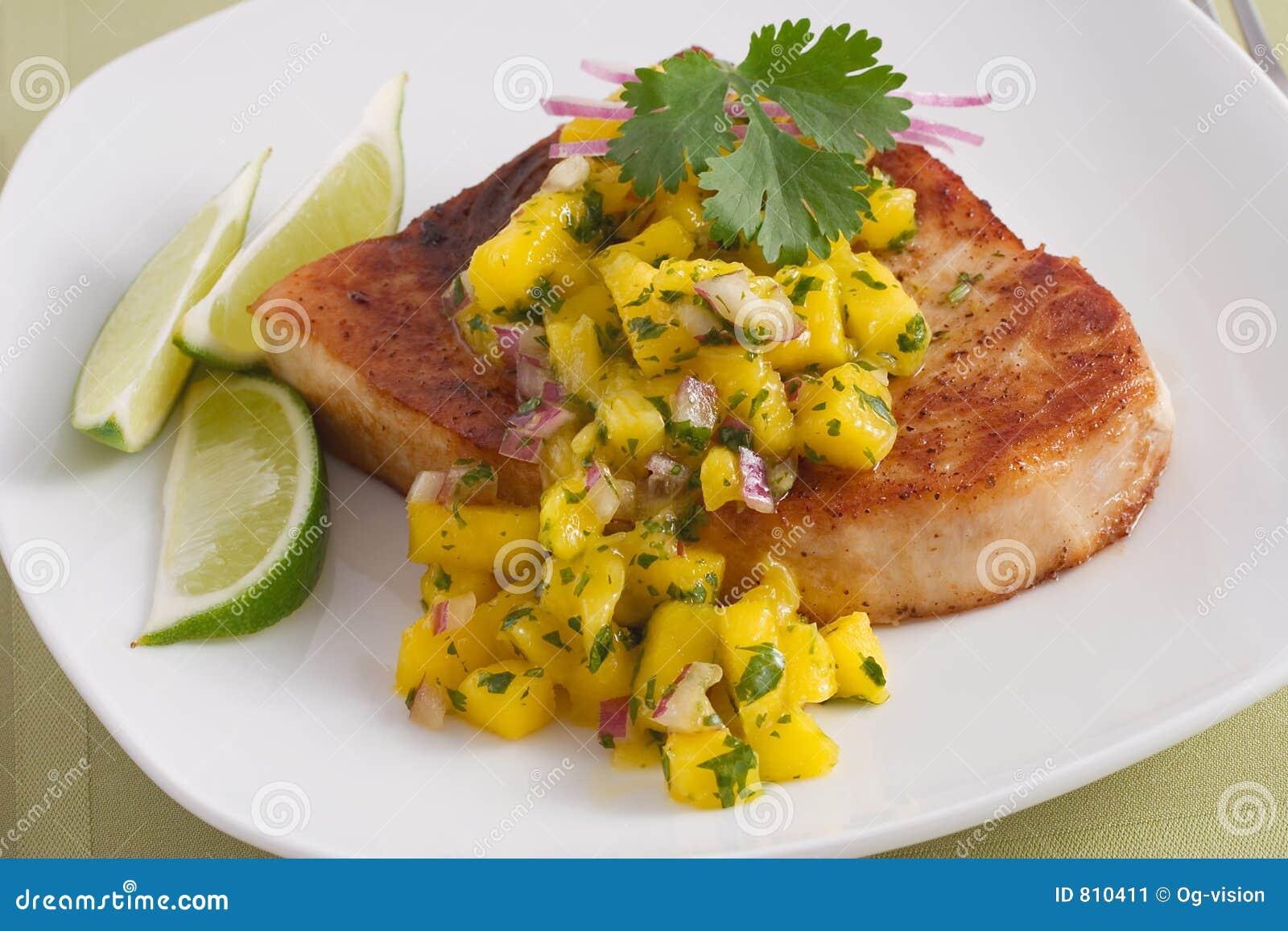 Pesci spada con la salsa del mango