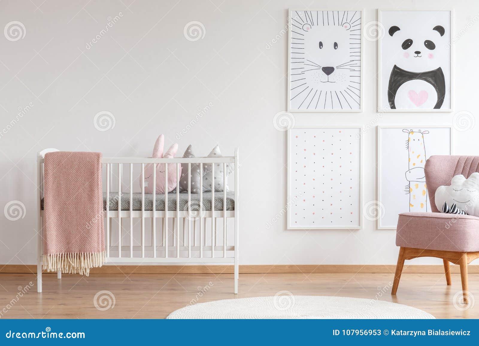 Pesebre en sitio del bebé