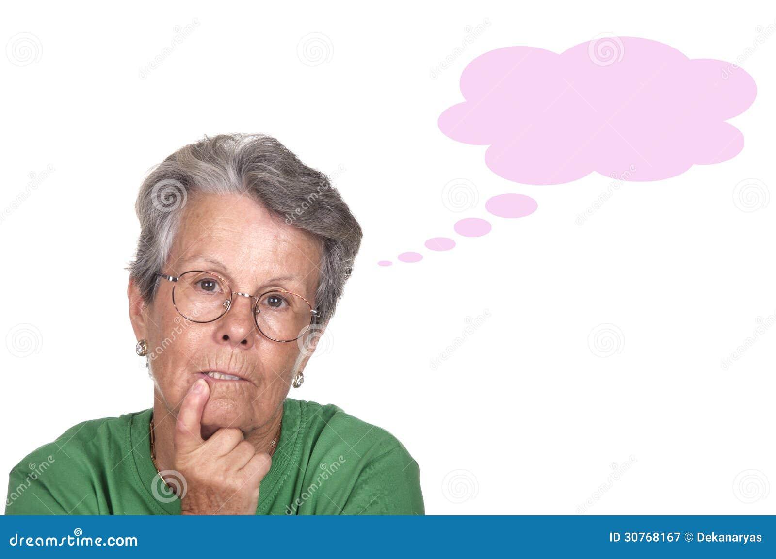 foto de Pessoas idosas sérias e pensativas