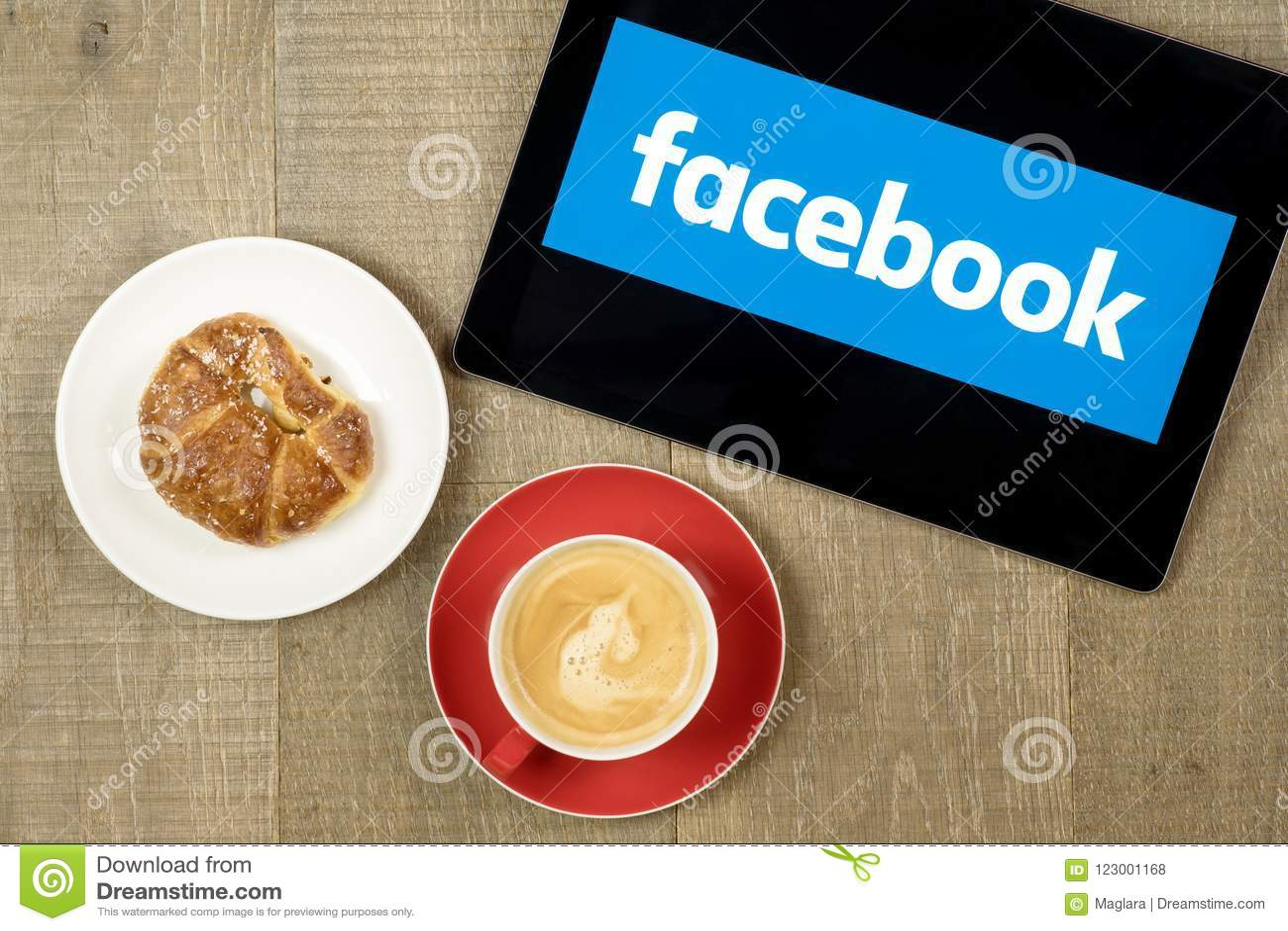 Petach Tikwa, Israel - 6. Juli 2018: Facebook-APP auf digitalem Vorsprung