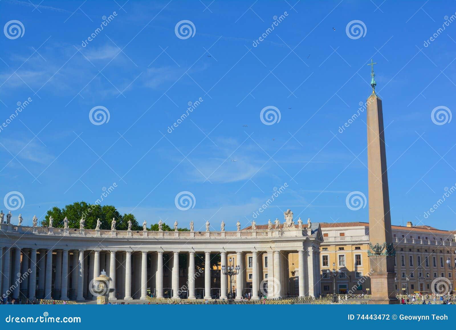 Peter rome s för springbrunn för stad för bakgrundsbasilicabernini fyrkantig st vatican