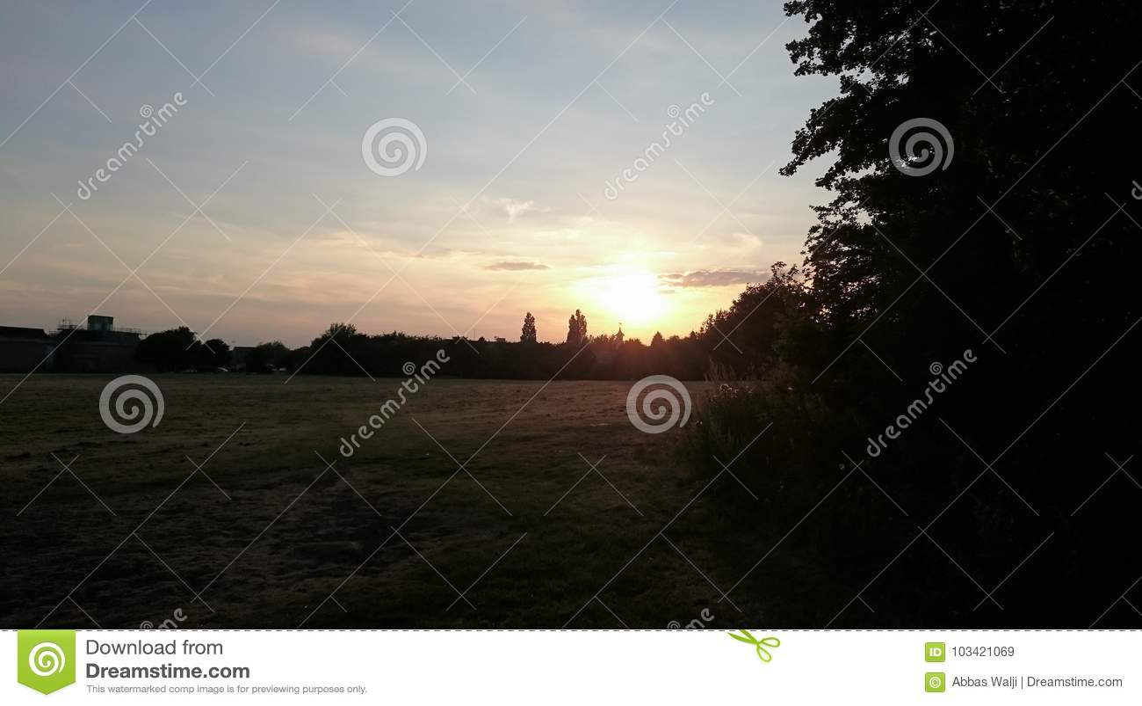 Peterborough rzeki Enbankment