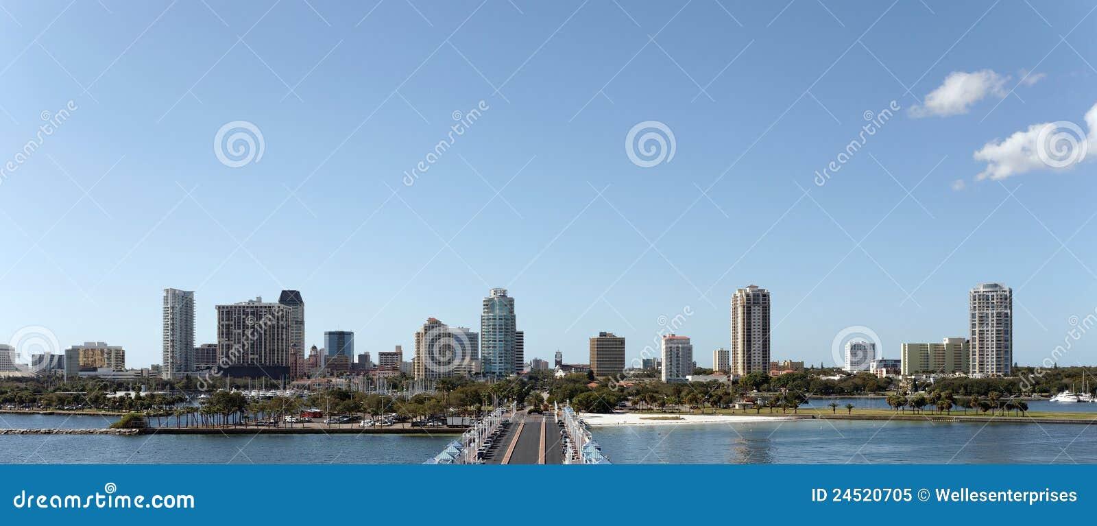 Petersburg linia horyzontu st