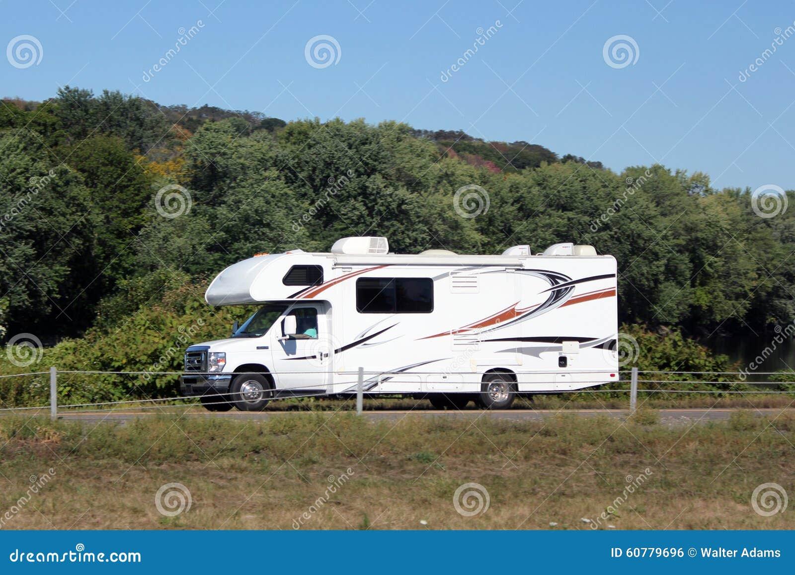 Petit camping-car de camping-car