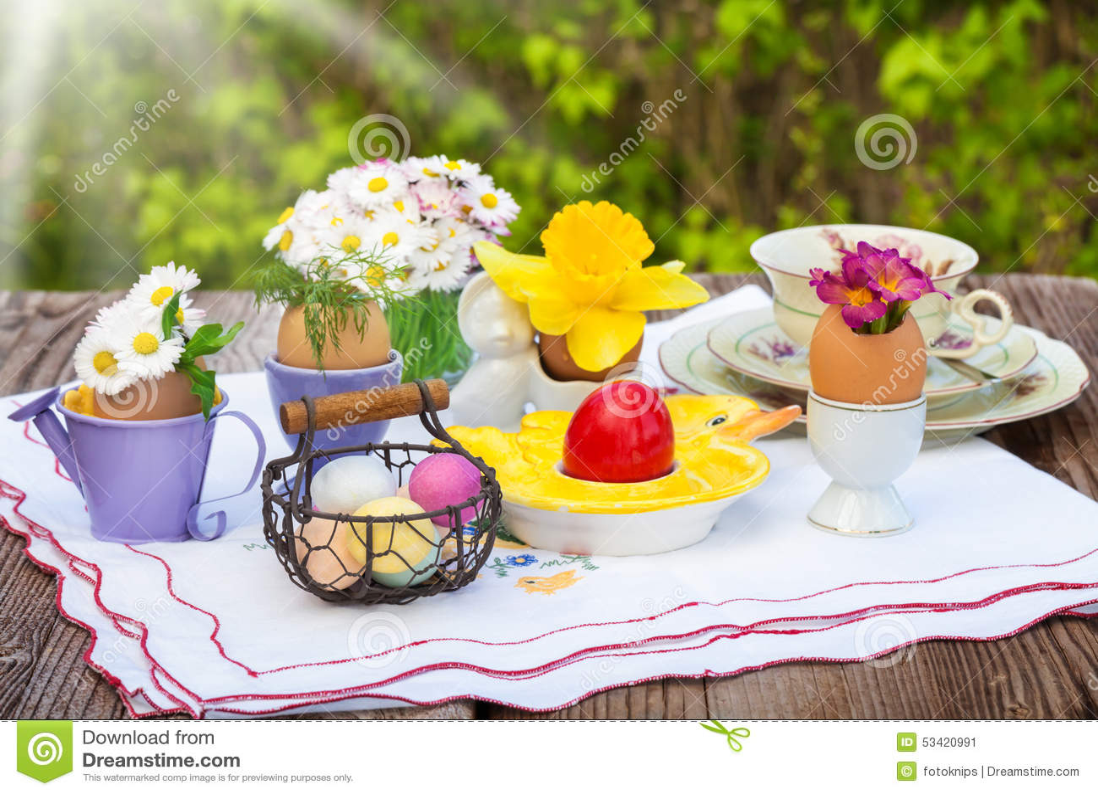 Samedi 3 avril Petit-d%C3%A9jeuner-de-p%C3%A2ques-d%C3%A9coration-de-p%C3%A2ques-53420991