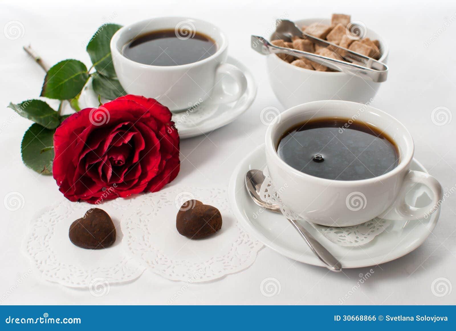 Petit d jeuner romantique image libre de droits image for Petit dejeuner en amoureux maison