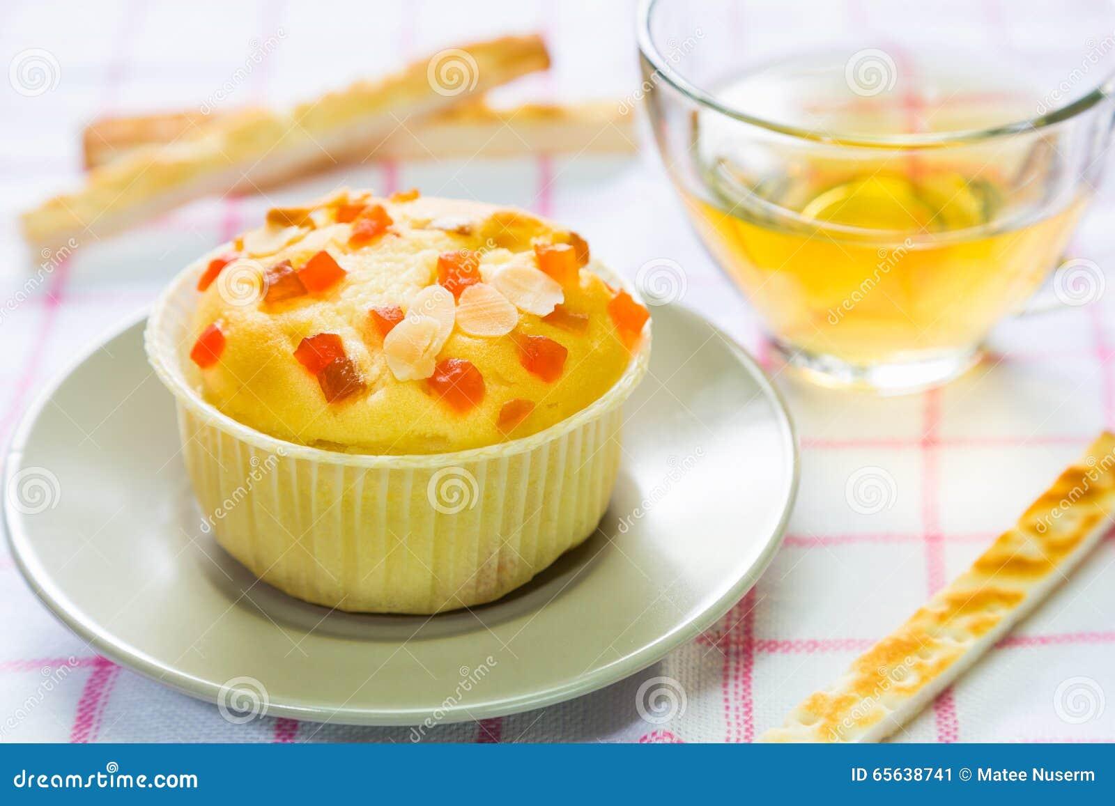 Petit gâteau remplissant de fruit