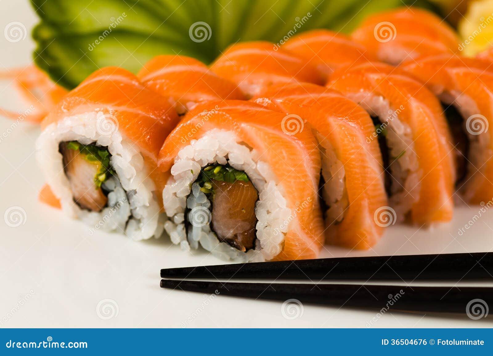 Petit pain de sushi
