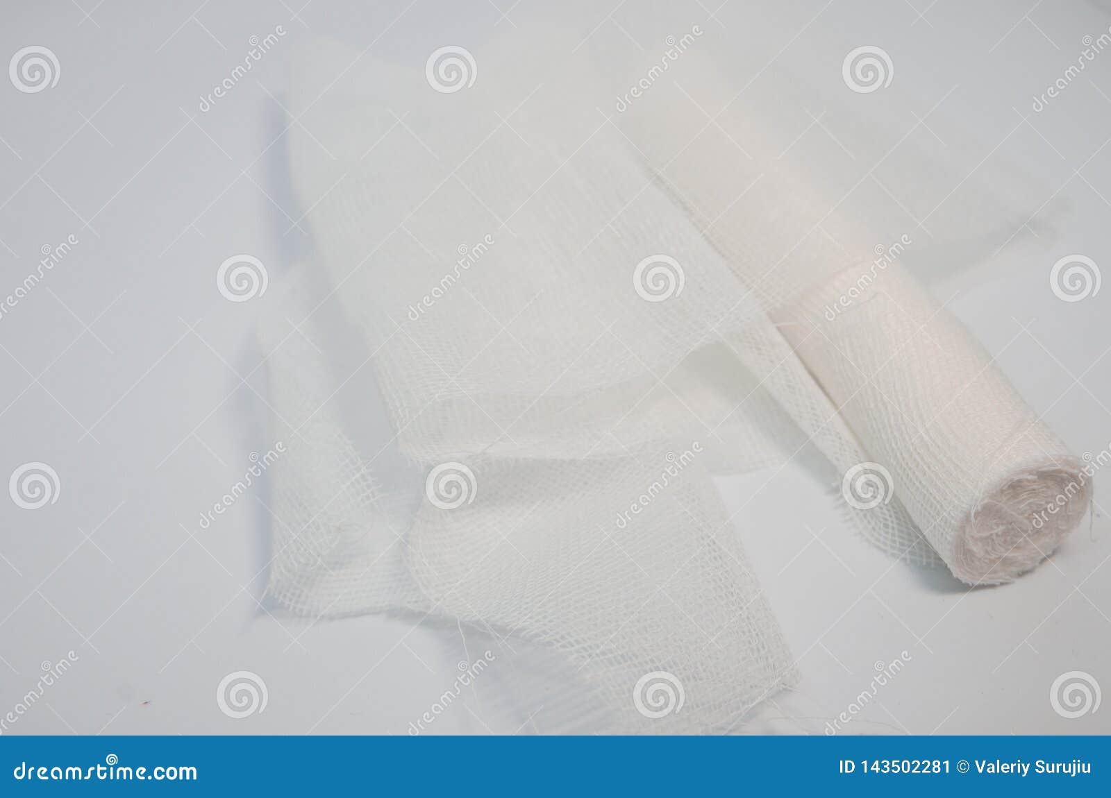 Petit pain médical blanc de bandage