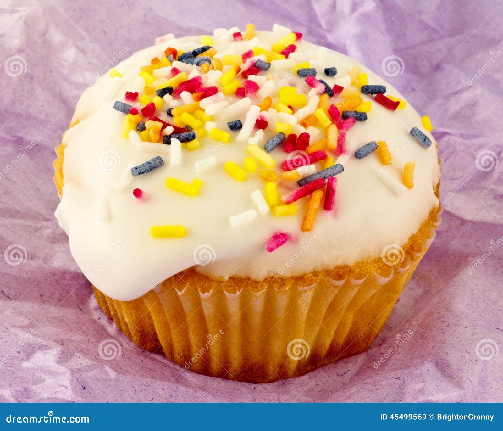 Petit petit gâteau coloré