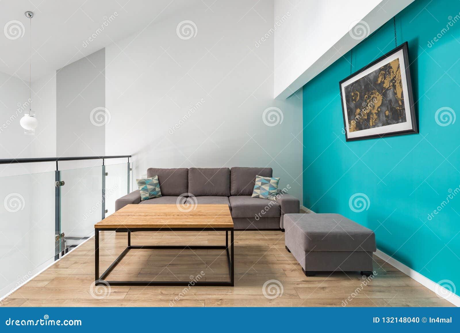 Petit Salon Avec Le Mur De Turquoise Photo stock - Image du ...