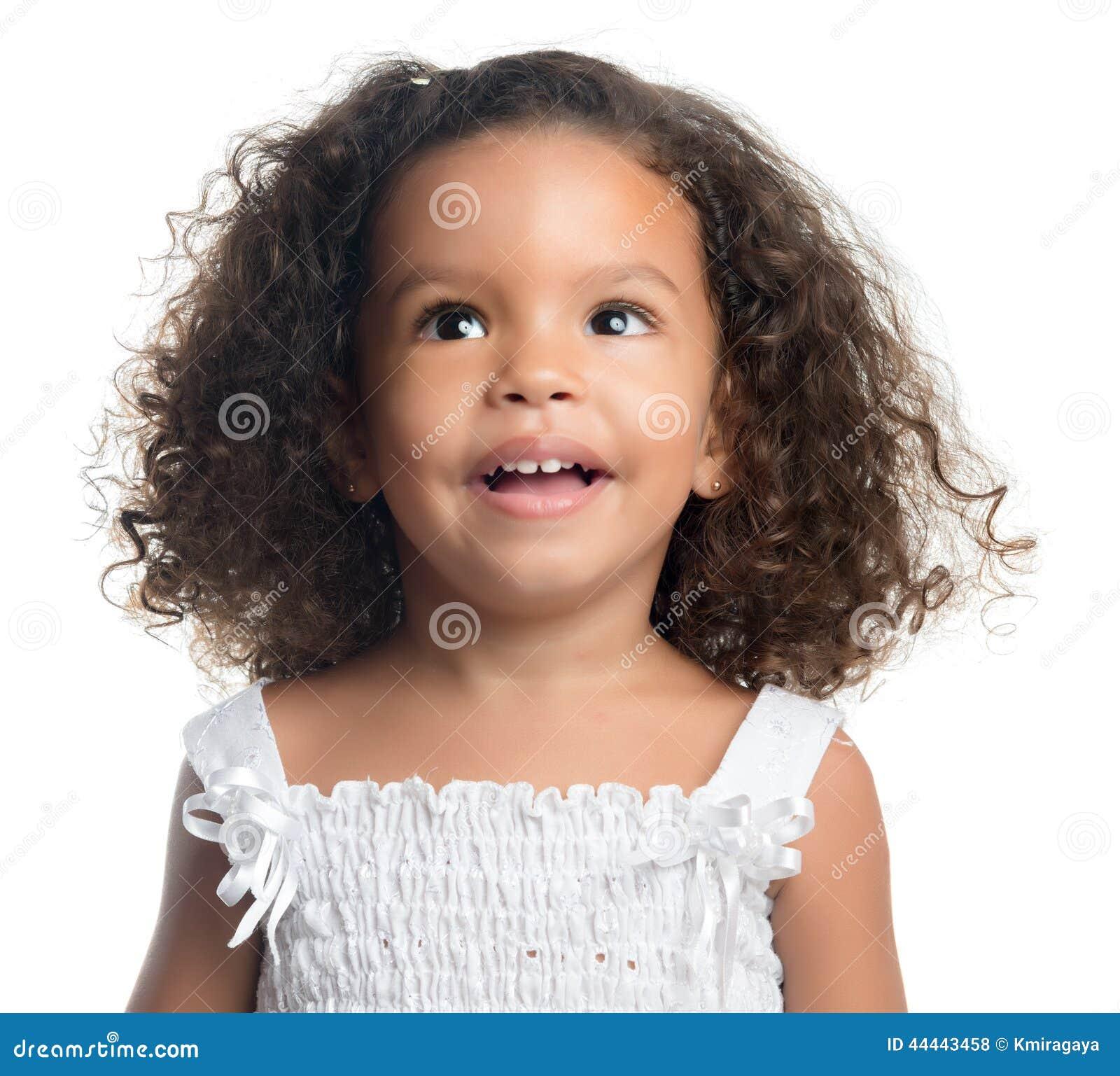 Petite fille afro am ricaine mignonne d 39 isolement sur le blanc photo stock image 44443458 - Coiffure petite fille metisse ...